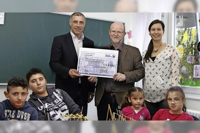 Allianz spendet 4500 Euro