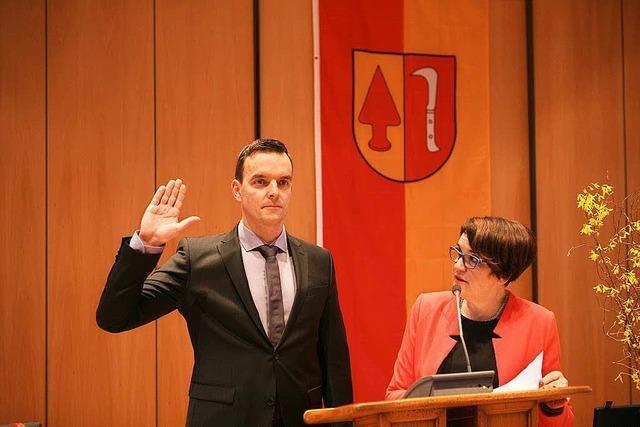 Erik Weide als Bürgermeister von Friesenheim vereidigt