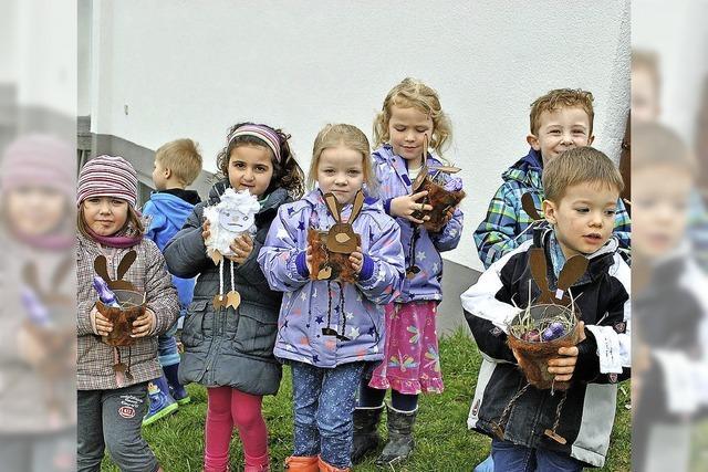 Der Osterhase war im Höllsteiner Kindergarten