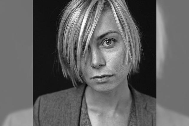 Anna Ternheim in der Kaserne