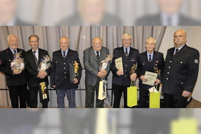 75 Jahre in den Reihen der Feuerwehr