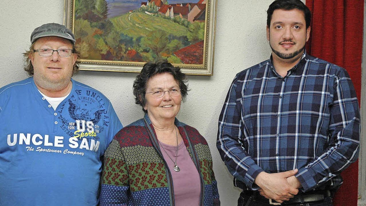Sie wollen den Ötlinger Jugendraum wie...tjugendpfleger Reza Begas (von links)   | Foto: Ounas-Kräusel