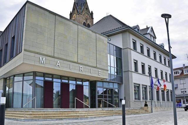 Village-Neuf feiert sein neues Rathaus