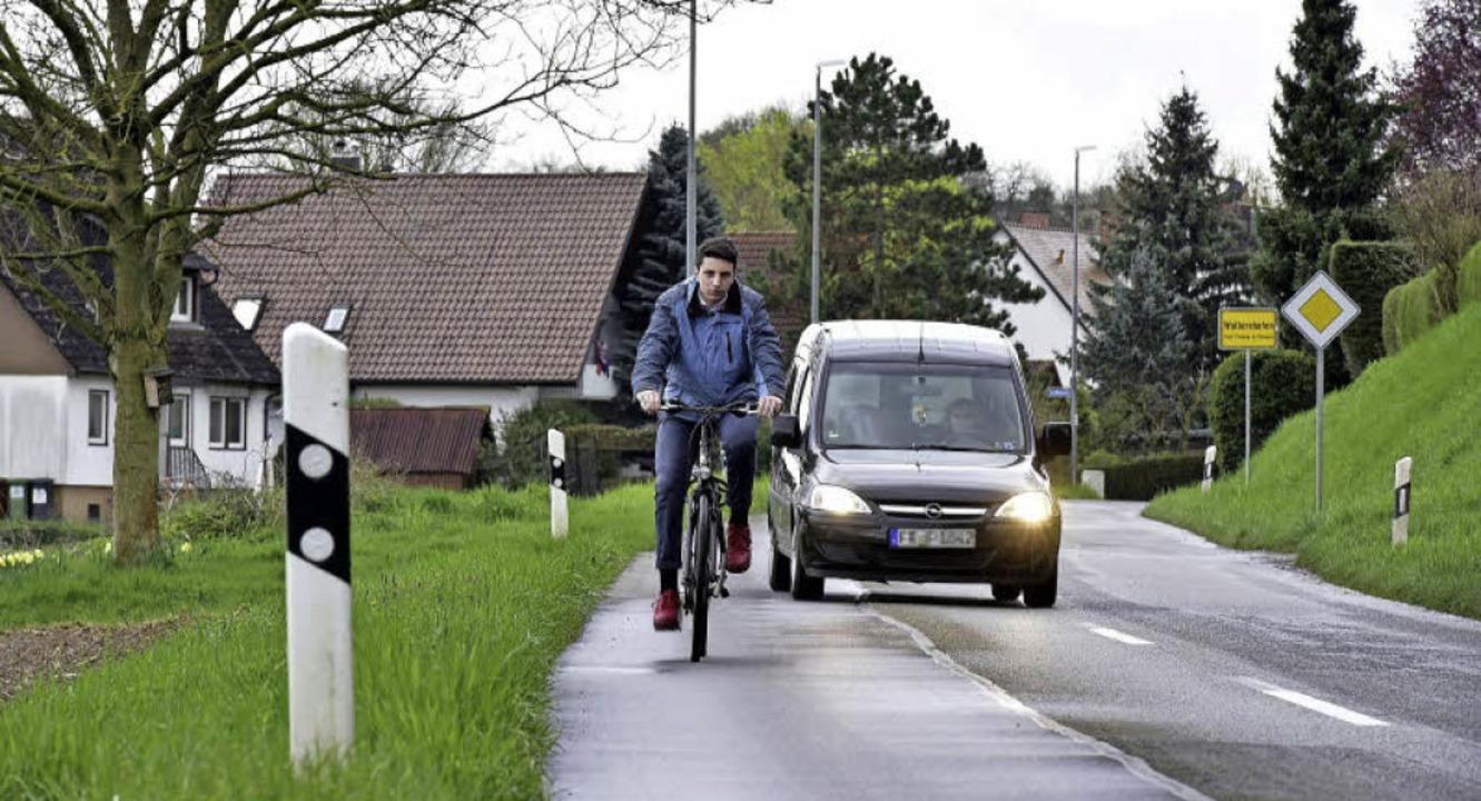 Die Straße zwischen Gottenheim und Wal...eringe Verkehrsdichte keinen  Radweg.   | Foto: Thomas Kunz