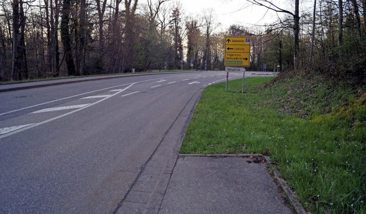 Es führt ein Weg nach nirgendwo: Der a...um wünscht sich, dass er weiterführt.   | Foto: Silke Hartenstein