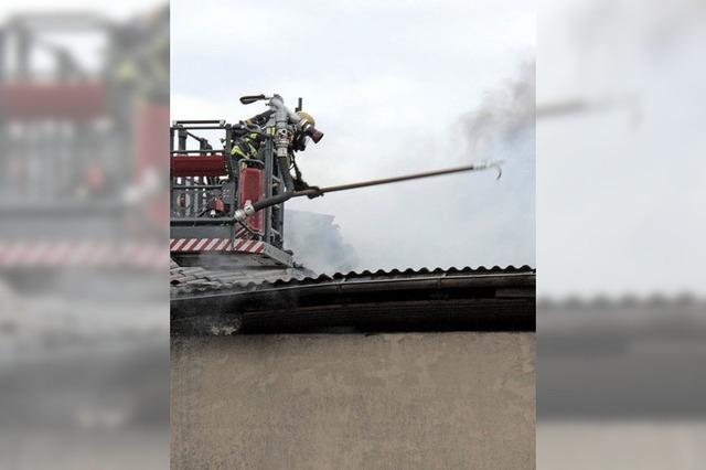 Großbrand war nach vierstündigem Einsatz gelöscht