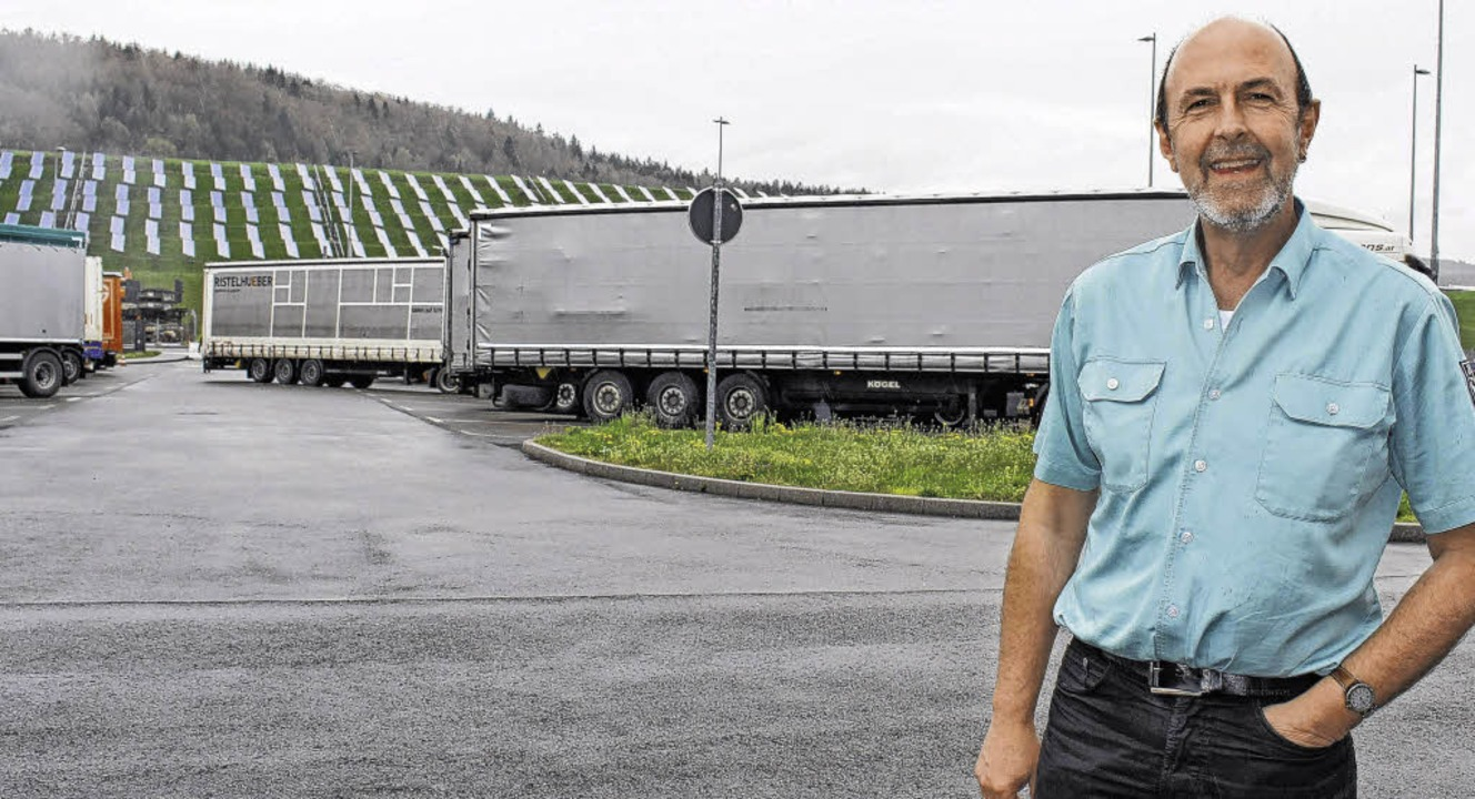 Günter Dillinger, Leiter des Zollamtes...am Zollhof wieder etwas beruhigt hat.   | Foto: Susann Klatt-D'Souza