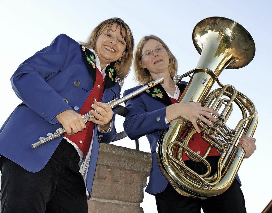 Haben als Kinder schon musiziert und s...uba als neues Instrument ausgesucht.    | Foto: Musikverein