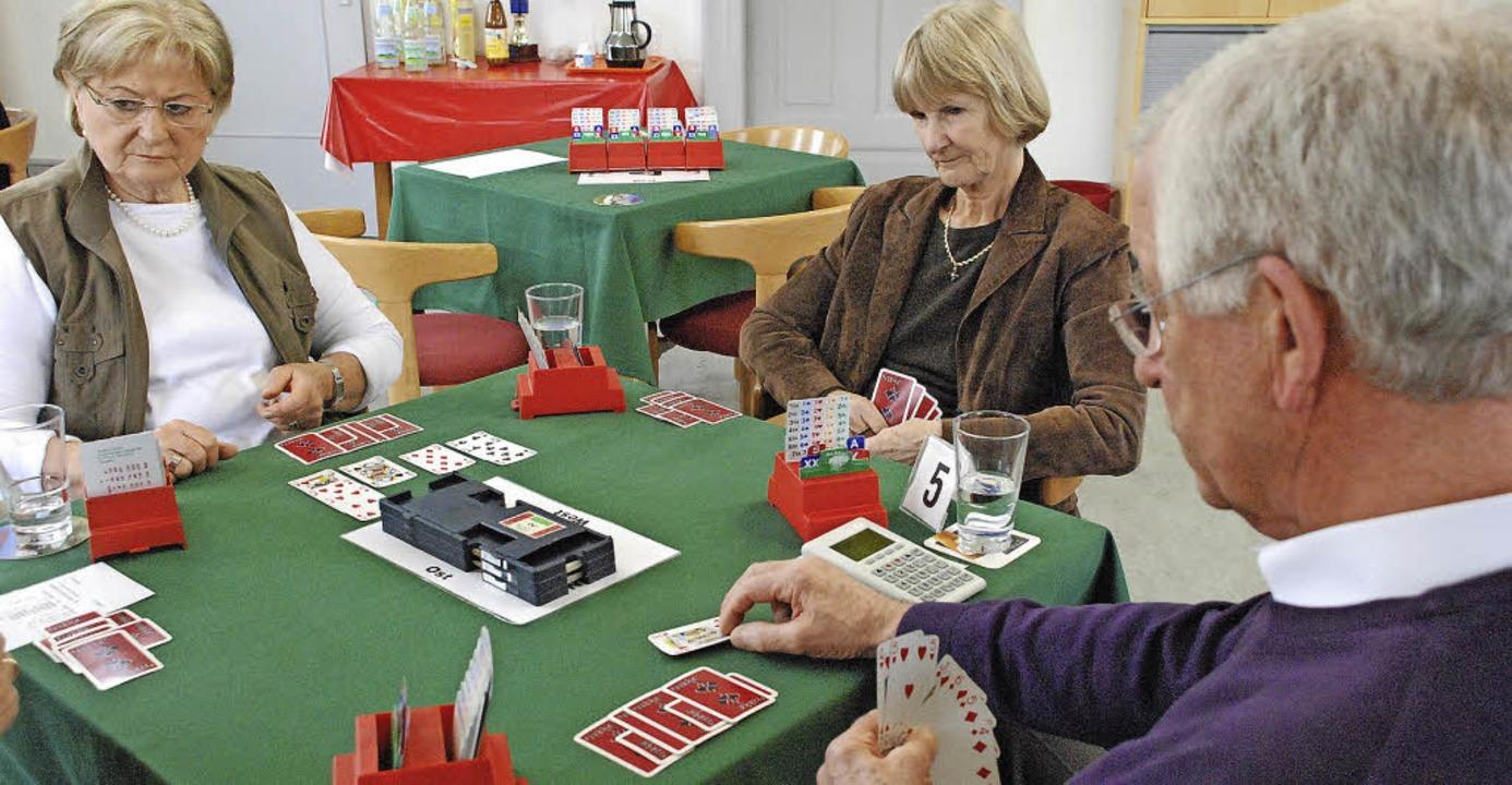 Denksport mit Karten und Spiel ohne Wo...n den Spielern ernst genommen werden.   | Foto: Maja Tolsdorf