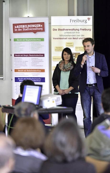 Sarah Baur und Florian Lehmann zeigen Chancen auf.  | Foto: Thomas Kunz