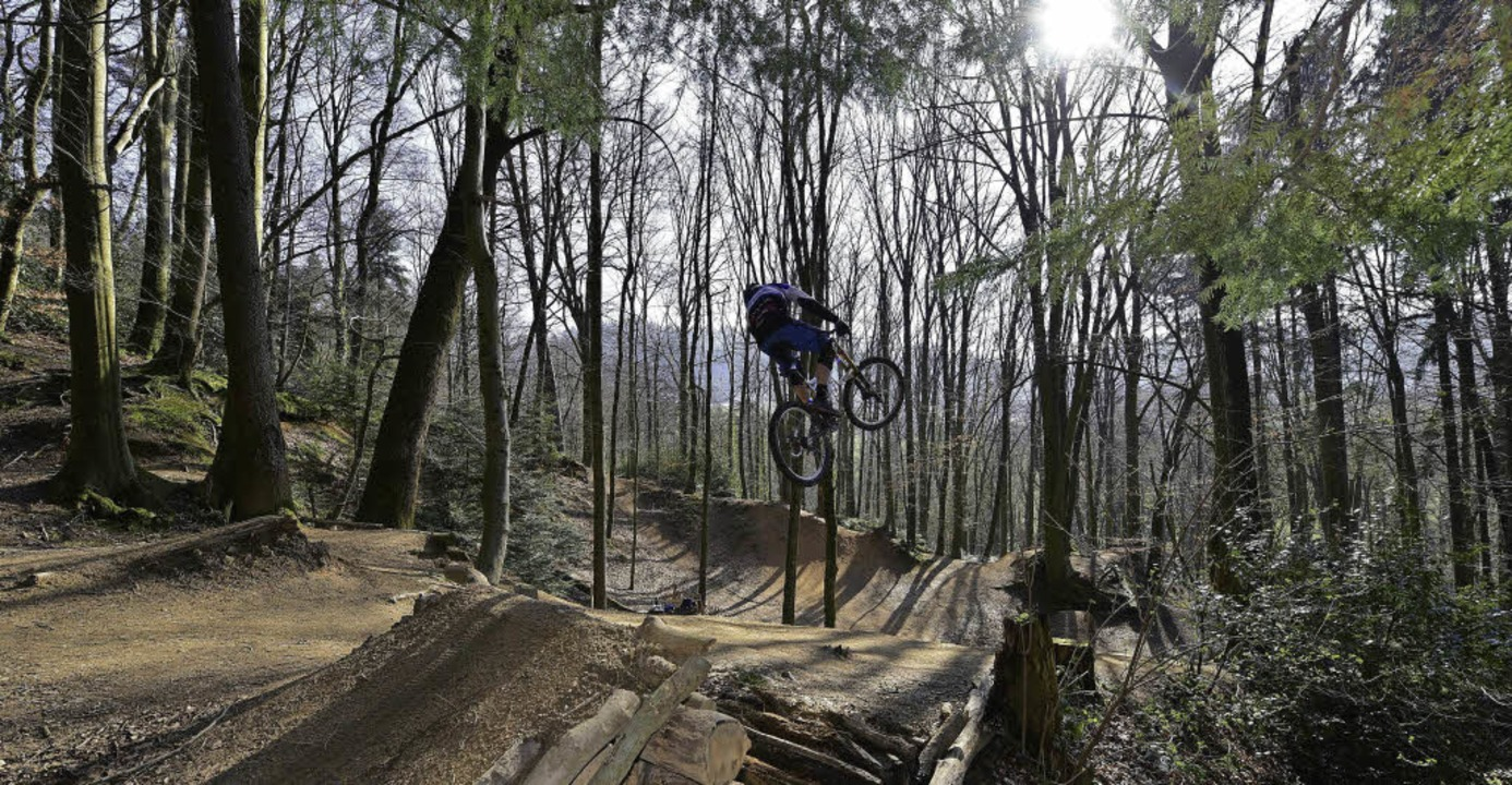 Ob Mountainbiker auch in Zukunft ins &...0; springen können, scheint ungewiss.   | Foto: Thomas Kunz