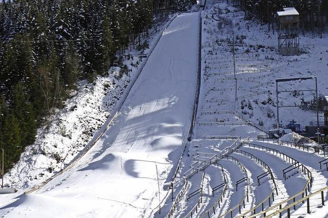 Kein Flutlicht, kein Skispringen