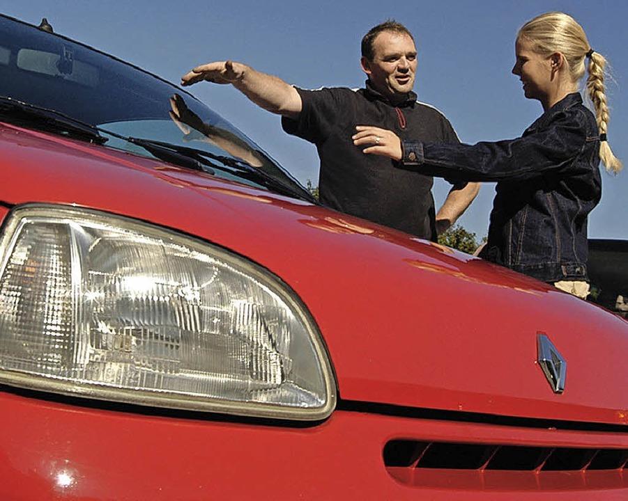Vertrauenssache: der Kauf einesGebrauchtwagens    Foto: BZ