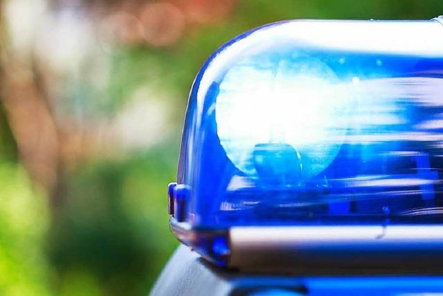Mann beschädigt fremdes Auto nach Streit