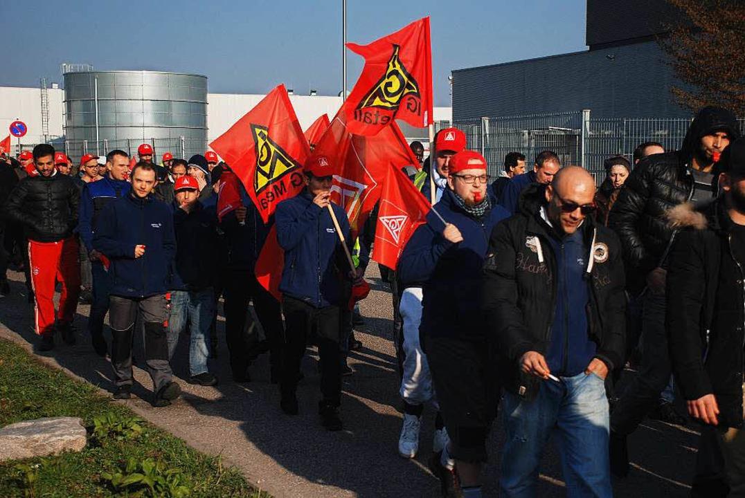 Die Proteste haben gefruchtet: Der Soz...öher aus als ursprünglich angenommen.   | Foto: BKR