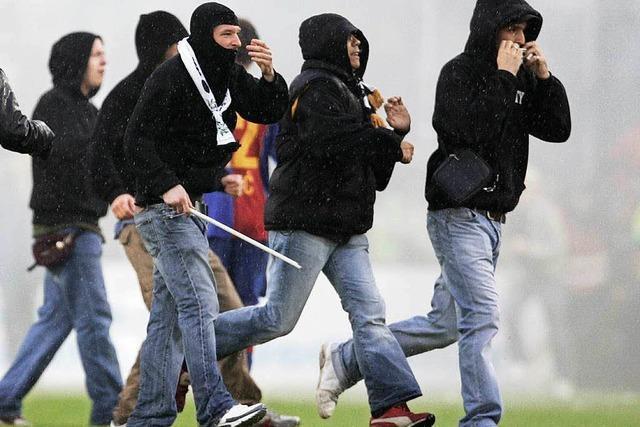Verletzte bei Ausschreitungen nach Fußball-Derby
