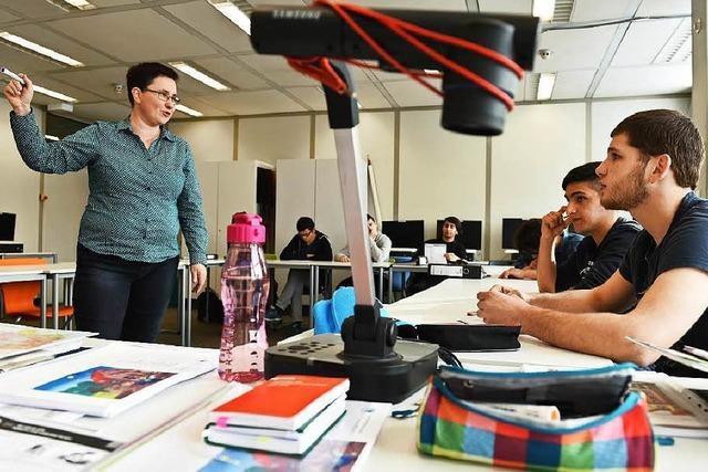 Berufsschullehrerverband fordert: mehr Lehrer für Flüchtlinge