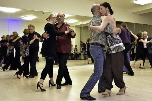 """Der """"Tango Argentino Club Corazon"""" tanzt auch an ungewöhnlichen Orten"""