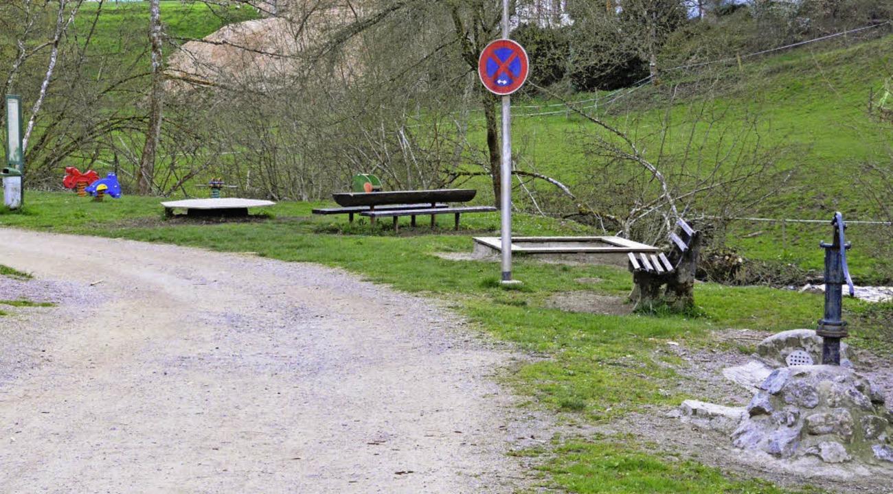 Der Spielplatz an der Erdmannshöhle so...s gab es beim letzten Dorfwettbewerb.   | Foto: Edgar Steinfelder