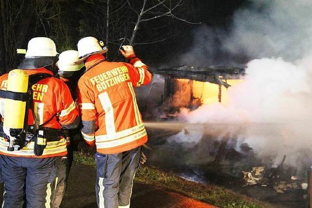 Brandstiftung in Kleingartenanlage – Gasflasche explodiert
