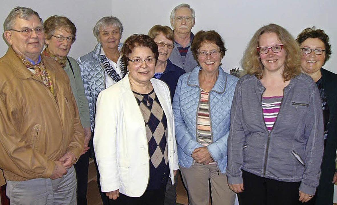 Fünf Frauen und zwei Männer aus der Se...eferentin Anja Drechsle (von rechts).   | Foto: Lena Steinbauer