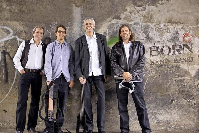 Mit dem Solarforum Hochschwarzwald mit Vortrag über Mutmacher und Musik der Born-Band-Basel in Titisee-Neustadt