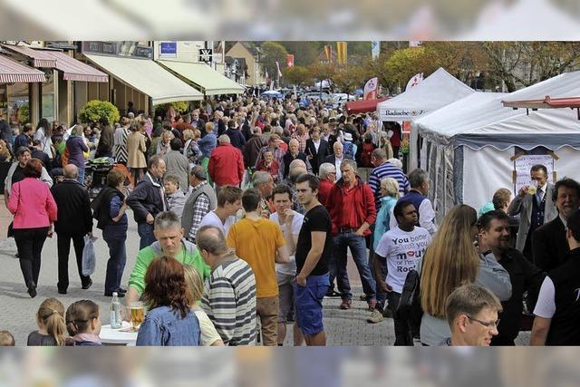 Verkaufsoffener Sonntag, Leistungsschau und Straßenfest in St. Blasien