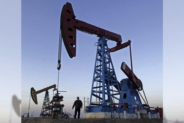 Die Ölpumpen pumpen und pumpen