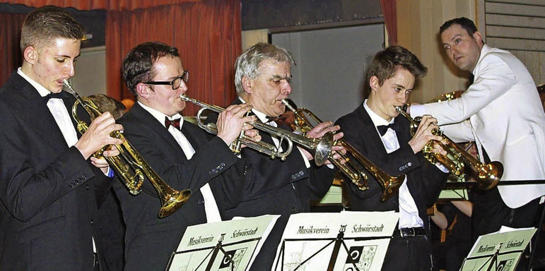 Die Rickenbacher Trompeter (von links)...uch beim Musikverein Karsau dirigiert.  | Foto: Rolf Reißmann