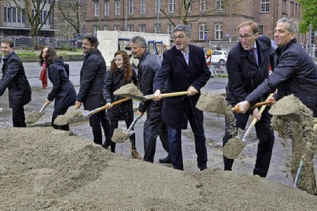 Jetzt entsteht Freiburgs neue Mitte: Platz der Alten Synagoge wird zur Baustelle