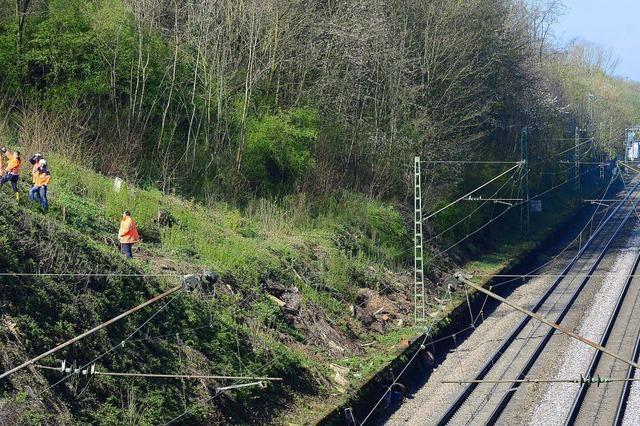 Gleissperrung nach Erdrutsch auf der Rheintalbahn