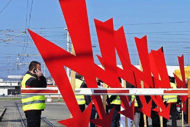 Warnstreik am Donnerstag: So kommen Pendler trotzdem nach Freiburg