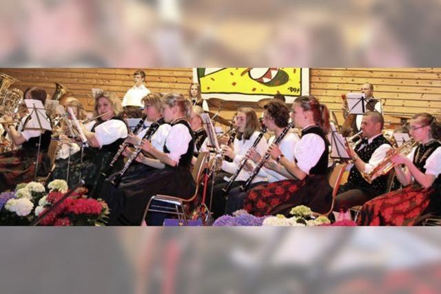 Mit den Musikvereinen Kappel / Hochschwarzwald und Göschweiler in Lenzkirch-Kappel