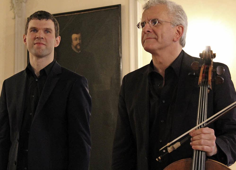 Hansjacob Staemmler und Juris Teichman...enten Beifall des Publikums entgegen.   | Foto: Erich Krieger