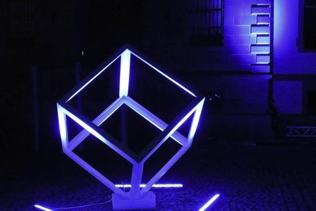 Neue Lichtspiele in Blau