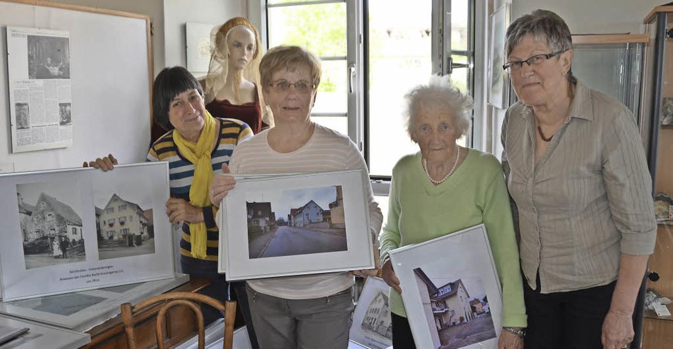 Charlotte Eckmann, Rosi Jäger, Inge Jo...ger (von links) vom AK Ortsgeschichte     Foto: Fotos: Lisa Blitz