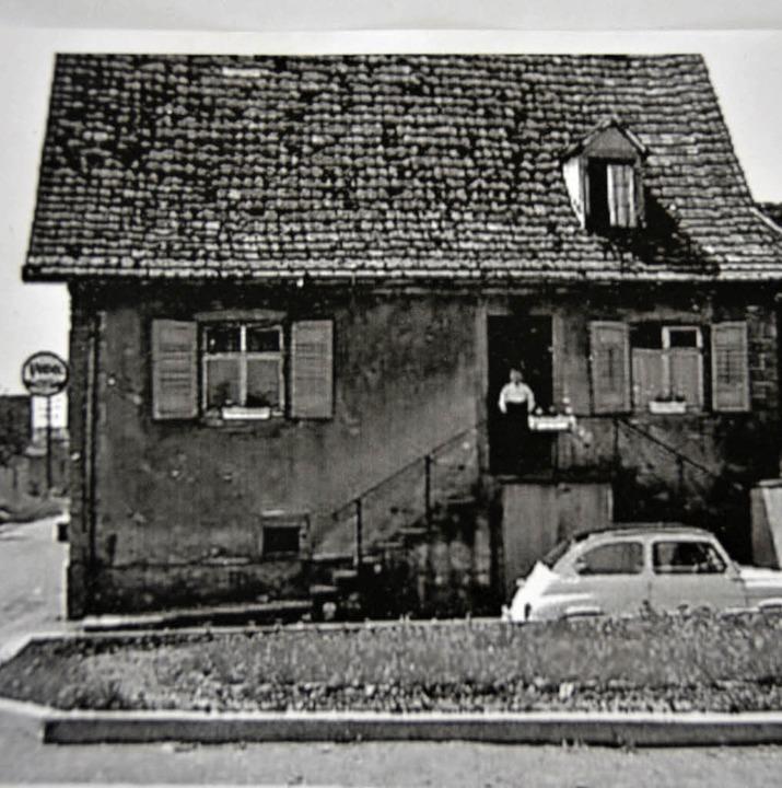Das ehemalige Gasthaus Brückle in Ober...erambringen um 1910 – und heute.    Foto: Lisa Blitz