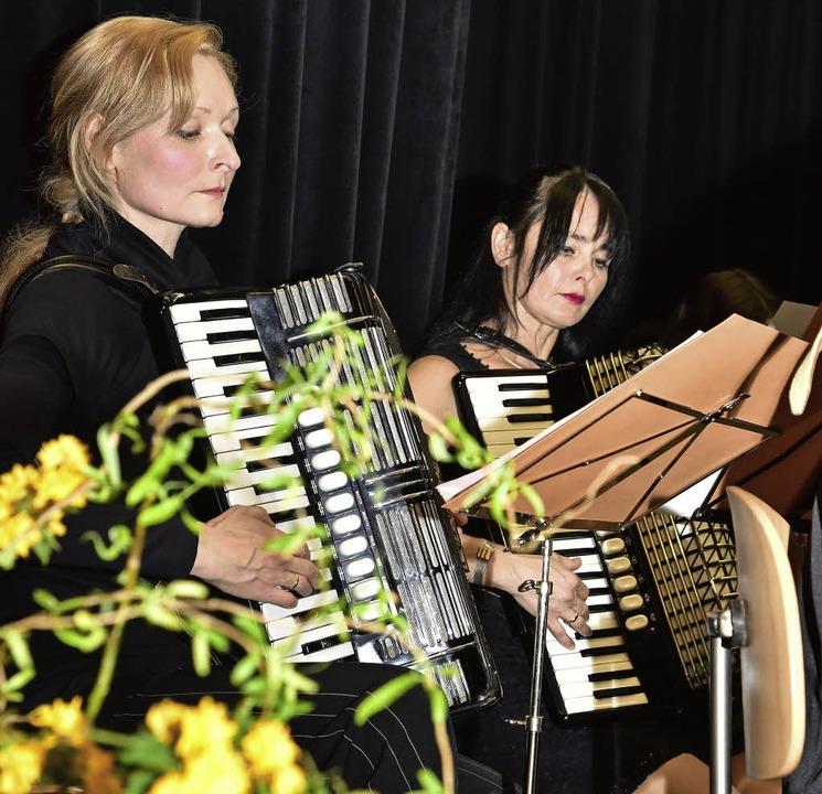 Konzentriertes Spiel muss sein, soll es ein so gelungenes Konzert werden.  | Foto: Hans-E. Meidhof
