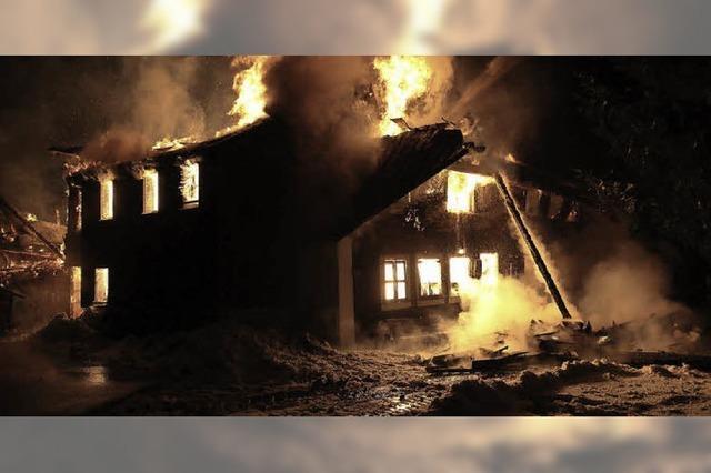 Schwarzwaldhof abgebrannt