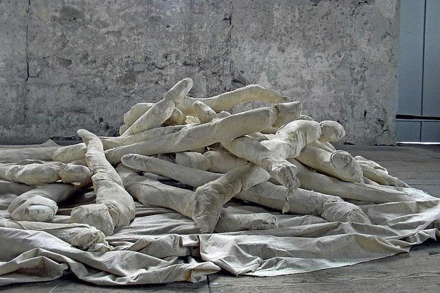 Werke von zwölf Künstlern in Riegel