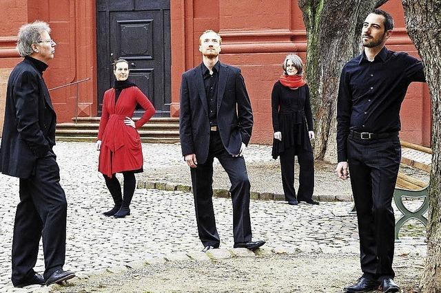 Musikerinnen und Musiker des französischen Barockensembles Éphémère in ihrem ersten gemeinsamen Projekt mit dem Freiburger Ensemble Anprall in Müllheim