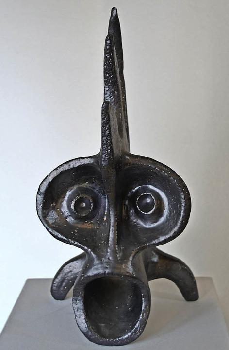 Auch Keramikskulpturen von Jörg Siegel...eit im Breisacher Radbrunnen zu sehen.  | Foto: Paul Klock