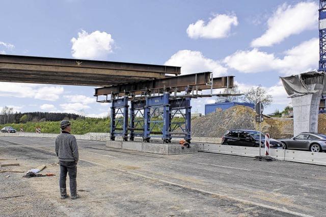 Stahlträger für den Brückenbau