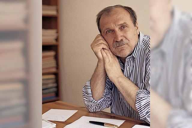 Dzevad Karahasan liest im Theater Freiburg aus