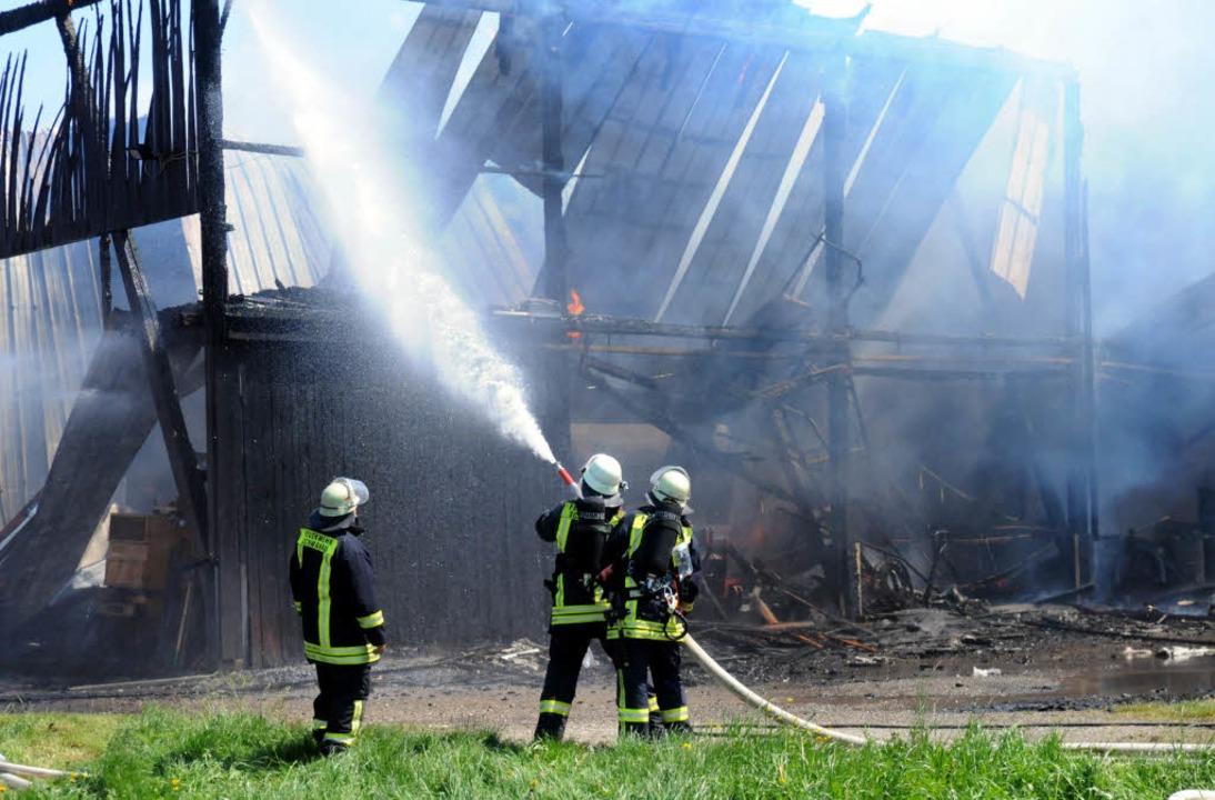 Hoher Sachschaden, tote Tiere: Ein Gro...at in Ottenheim für Aufregung gesorgt.  | Foto: WOLFGANG KUENSTLE