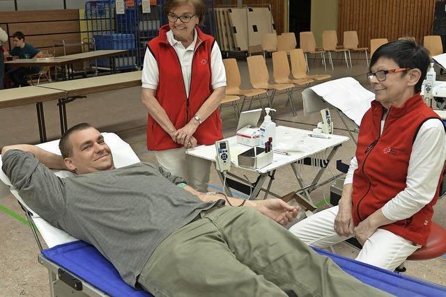 18 Spender geben erstmals Blut ab