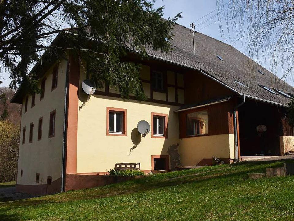Eine Investorenfamilie möchte den denk...rhof in St. Ulrich zum Hotel umbauen.     Foto: Hennicke
