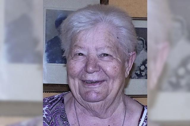 Auch mit 85 ist Stricken noch ihr großes Hobby