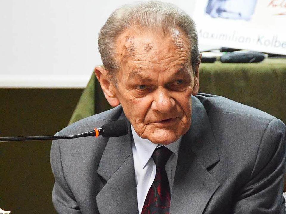 Jacek Zieliniewicz (89) hat den Holoca...0; an seine Zeit in Auschwitz denken.   | Foto: Dorothee Soboll