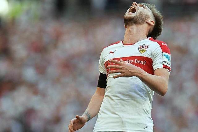 VfB Stuttgart auf Abstiegskurs – Fans stürmen Platz